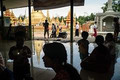 * (Sakulchai Sikitikul) Tags: street snap streetphotography songkhla sony a7s silhouette thailand hatyai burmese temple voigtlander family reflection 28mm