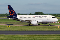 Brussels Airlines | OO-SSG (Airway Photography) Tags: manchesterairport runwayvisitorparkmanchester manchester egcc man brussels airlines brusselsairlines planespotting airliner aircraft aero jet jetaeroplane pilot livery aviation planespotter nikon nikond3300 d3300 airport airline flying holiday sky speed fast bluesky nikkor 5530mm aircraftphotography planephotography aeroplane spotting takeoff landing departing runway vehical outdoor jetliner airwayphotography international travel world worldtravel traveling approach airbus airbusa319 a319