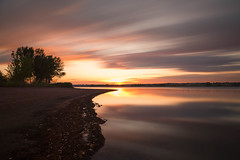 Sunrise Streaks (mclcbooks) Tags: sunrise dawn daybreak lake clouds sky silhouettes trees beach le longexposure landscape chatfieldstatepark lakechatfield colorado