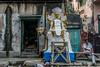 Kalighat, quartier des fabricants d'idôles, Calcutta,  Bengale occidental, Inde (Pascale Jaquet & Olivier Noaillon) Tags: flic idoles scènederue religionhindouisme artisanat calcutta bengaleoccidental inde ind