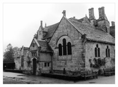 Mansion house (revisited) (éric) Tags: ufraw linux raw mansion house wakehurst bn bw sussex imagedatadmcg11160f22100 uploadscript imagemagick imopts photo:id=p1090549ppm