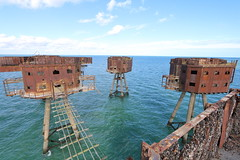 "Red Sands Sea Forts • <a style=""font-size:0.8em;"" href=""http://www.flickr.com/photos/37726737@N02/39448333251/"" target=""_blank"">View on Flickr</a>"