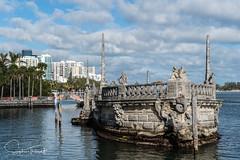 La barge - Musée Vizcaya (www.sophiethibault.ca) Tags: miami floride décembre 2017 bateau barge eau mer ville vizcaya