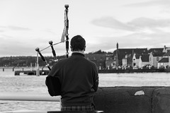 710_3503 (http://rdphotography381.weebly.com) Tags: dook water new year castle splash fancydress costume fairground people lifeboat rescue freezing baltic piper cold hats tinsel fun swimmers towels boat dog pipes band parade toasting blessing whiskey celebration annual harbour crowd 2018 tartan masks helmet lifejacket men enjoyment excitement exciting woman children speed motor sea