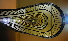 Oyster staircase