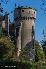 Château Bagnac (Ivan van Nek) Tags: saintbonnetdebellac hautevienne france châteaubagnac frankrijk 87 belair nikon d7200 nikond7200 abandoned decay ruraldecay kasteel ruïne architecture tower toren