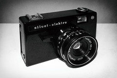Belomo Siluet Elektro (Delay Tactics) Tags: belomo siluet elektro russian cccp triplet 693 440 camera lens kit gear black white bw lomo vintage