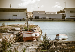 jlvill  052  Cuidados intensivos (jlvill) Tags: barcos barcas reliquias rio rios 1001nights 1001nightsmagiccity