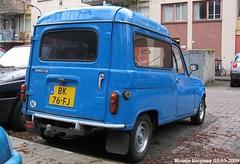 Renault 4 F4 1984 (XBXG) Tags: bk76fj renault 4 f4 1984 renault4 r4 4f4 van utilitaire bestel wagen bestelwagen bestelbus fourgonnette blue bleu diaconessenplein haarlem nederland holland netherlands paysbas vintage old classic french car auto automobile voiture ancienne française vehicle outdoor