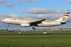 A6-EYU_01 (GH@BHD) Tags: a6eyu airbus a330 a330200 ey etd etihadairways dub eidw dublinairport dublininternationalairport dublin airliner aircraft aviation
