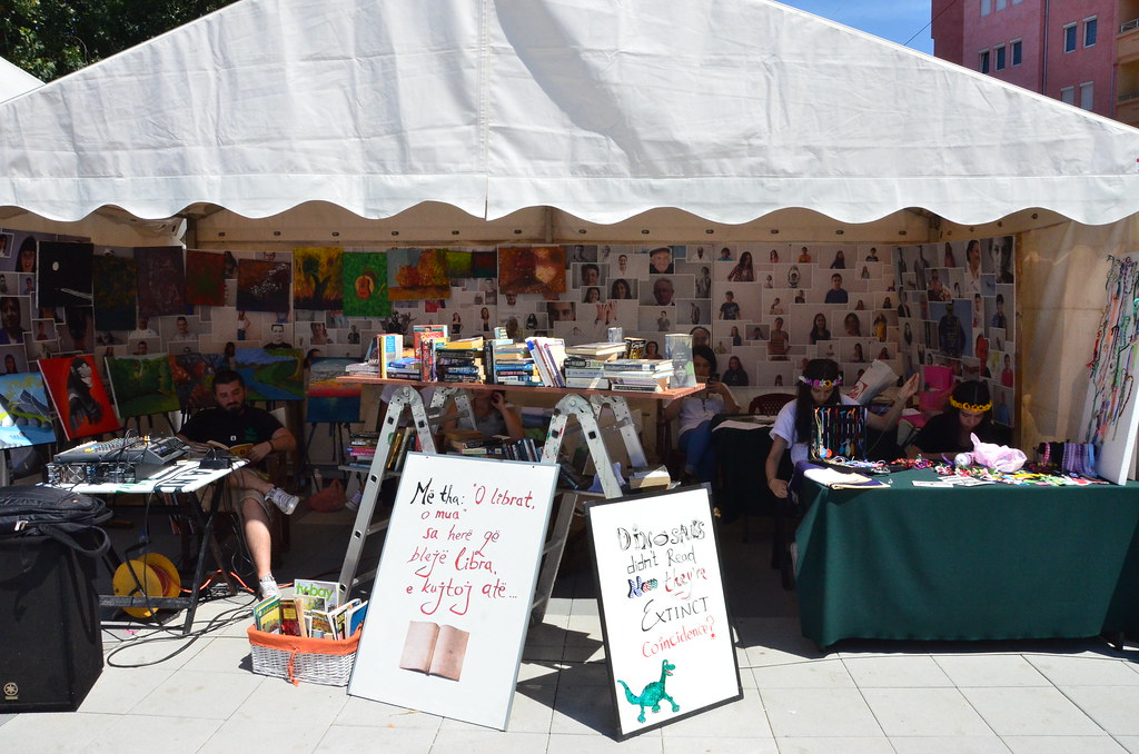 Green and Crafts Fair