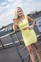 BTCC Thruxton 2017- Team Shredded Wheat Racing with Duo grid girl Giorgia (Sacha Alleyne) Tags: britishtouringcars tintops toca barc dunlop motorsport racing 2017 promo promotional umbrella grid pit paddock babe model hostess blonde ford motorbaseperformance giorgiadavis