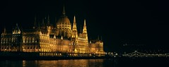 The Hungarian Parliament Building (Free Gian) Tags: budapest 2018 new yea parlament danube hungarian parliament building national assembly lajos kossuth square largest tallest