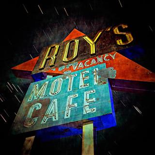 roy's motel cafe / prcssd. amboy, ca. 2015.