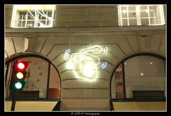 2017.12.29 Hermes by night 6 (garyroustan) Tags: paris france french iledefrance ile island building architecture ville ciudad city nuit night light color noche noel christmas navidad fetes fete feliz joyeux