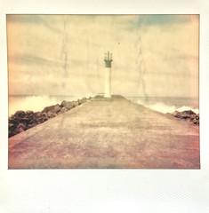 Too hot for Polaroid.Faded colors due to the summer heat. (miroir.photographie) Tags: argentique analog istillshootfilm filmisnotdead instant polaroidspectra spectra neworiginals polaroidoriginals polaroid