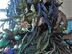 Details of Ornaments #3 (BeautifulToyReviews) Tags: disneys california adventure park disneyland resort theme ariels grotto restaurant character dining princess christmas tree meet greet