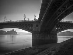 Margaret bridge, Budapest (Dreamaxjoe) Tags: diy nd filter duna budapest hosszuzarido longexposure