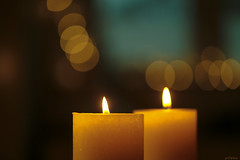 A candle loses nothing by lighting another candle (eleni m OFF) Tags: candles two flames bokeh dof quote wishes happynewyear jameskeller thankyou thanks 2017 2018 health good peace joy