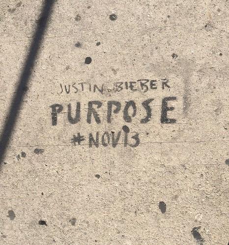 sidewalk graffiti 04