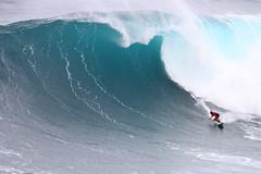 sIMG_0242 (Aaron Lynton) Tags: jaws peahi surf lyntonproductions surfing maui hawaii