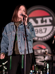 Alice Merton 12/13/2017 #31 (jus10h) Tags: alicemerton alice merton alt 987 penthouse altana apartment homes glendale losangeles california female singer songwriter european young beautiful sexy talented artist band musician live music concert gig event private show performance venue rooftop pool photography nikon d610 2017 justinhiguchi photographer