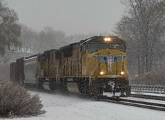 12917UP3899 (jay12472) Tags: up union pacific rail railroad snow emd