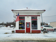 Mike's Bait Shop (r.w.dawson) Tags: bowlinggreen carolinecounty virginia va winter snow architecture building smalltown store baitshop