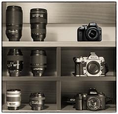 Family portrait (George Fournaris) Tags: nikon df nikkor lens lenses f80 d3300