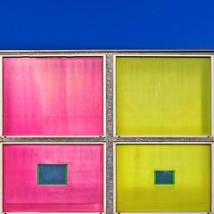 Carrés de couleur (Isa-belle33) Tags: architecture wall mur city ville urban urbain fujifilm colors couleurs sky ciel