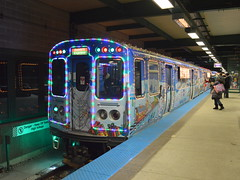 Linden Lit (Robby Gragg) Tags: cta electric mu 2894 linden wilmette