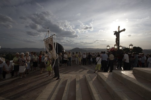 "(2009-06-26) Vía Crucis de bajada - Heliodoro Corbí Sirvent (61) • <a style=""font-size:0.8em;"" href=""http://www.flickr.com/photos/139250327@N06/38493586114/"" target=""_blank"">View on Flickr</a>"