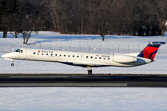 Delta Connection ERJ-145LR N269SK at KCMH (Lunken Spotter) Tags: columbus ohio oh centralohio franklincounty airport airports airplane airplanes jet jets travel traveling airtravel transportation winter wintertime snow snowy snows cold frosty freezing freeze runway runways portcolumbusinternationalairport portcolumbusinternational cmh kcmh portcolumbus columbusairport deltaconnection chautauquaairlines chq embraer embraeremb145 embraeremb145lr emb145lr erj145lr e145 chautauqua arrival arriving landing landings n269sk