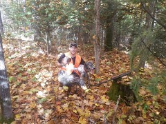 Simon et sa gélinotte (Les Perdrioles) Tags: guide de chasse au dindon sauvage du québec gélinotte huppé