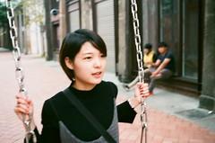 Yashica Electro 35 GX (weyo edagr) Tags: yashica electro 35 gx fujifilm superia premium 400 高雄 台灣 kaohsiung taiwan 駁二 鞦韆 35gx