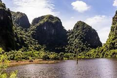 Krajina ostrova Cat Ba (zcesty) Tags: vietnam17 skála krajina jezero vietnam catba dosvěta hảiphòng vn