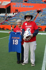 2016_T4T_University of Florida 20 (TAPSOrg) Tags: taps tragedyassistanceprogramsforsurvivors teams4taps gainesville florida universityofflorida football collegefootball salutingthosewhoserve survivors 2016 military outdoor vertical footballfield redshirt jersey posed older male woman