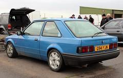 G941 YJN (Nivek.Old.Gold) Tags: 1990 ford escort 13l 3door