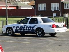 Mishawaka Police Department (Evan Manley) Tags: mishawaka indiana policedepartment fordcrownvictoria trim rings police policecar k9 south bend elkhart