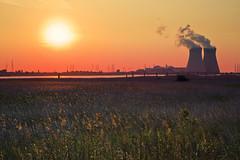 Fusion VS Fission (Erroba) Tags: fusion fission nuclearpower sun sunset antwerp doel coolingtowers radioactive erlend robaye erroba belgium belgië belgique canon 5dmarkiii