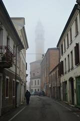 Badia Polesine (Rovigo), via Monte Pegni (Valerio_D) Tags: badiapolesine polesine veneto italia italy 20172018inverno nebbia fog niebla 1001nights 1001nightsmagiccity