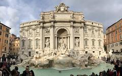 Trevi fountain (@ quel paese) Tags: tardobarocco giuseppepannini palazzopoli nicolasalvi monumento monument storia history acqua water grandebellezza beautiful rome roma fontana fountain trevi