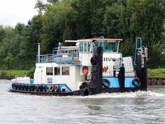 Zeeleeuw (ENI 02322995) (Parchimer) Tags: schubboot pushboat towboat pousseur pchacz duwboot spintore empurradorfluvial binnenschiff tolómotorhajó pushertug mittellandkanal