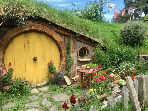 Hobbiton Movie Set