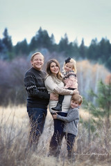 7R4A5191 web (kim stadler) Tags: spokane photographer kim stadler photography pnw pacific northwest winter maternity portraits pregnant woman family washington purple