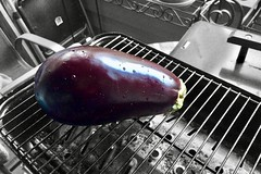 """You don't know me. You know one me, just like I know one you. And you can't know every me, and I can't know every you."" ―David Levithan 🍆 (anokarina) Tags: seattle washington wa pnw pacificnorthwest pugetsound appleiphone5s southdelridge eggplant purple colorsplash fruit grill bbq barbecue foodporn"