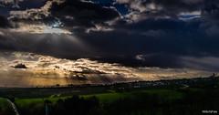 Dämmerung (WiSch | Foto) Tags: rheingau wischfoto 1712 eltville lichter fofo