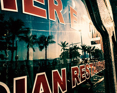 Pattaya Beach Road (Julien Cha.) Tags: pattaya reflection reflet beach beachroad palm sun blue