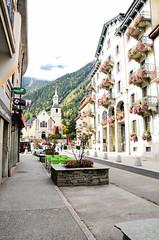 DSC_000(197) (Praveen Ramavath) Tags: chamonix montblanc france switzerland italy aiguilledumidi pointehelbronner glacier leshouches servoz vallorcine auvergnerhônealpes alpes alps winterolympics