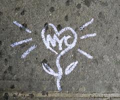 Love Flower - NYC (TheMachineStops) Tags: 2017 outdoor nyc newyorkcity manhattan chalk flower heart sidewalk pavement urbanart streetart